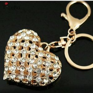 Accessories - 🔶2/$12🔶NEW•Bling & Gold Heart keychain/bag fob